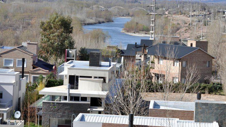Piden medidas para prevenir riesgos por la lluvia en Rincón de Emilio