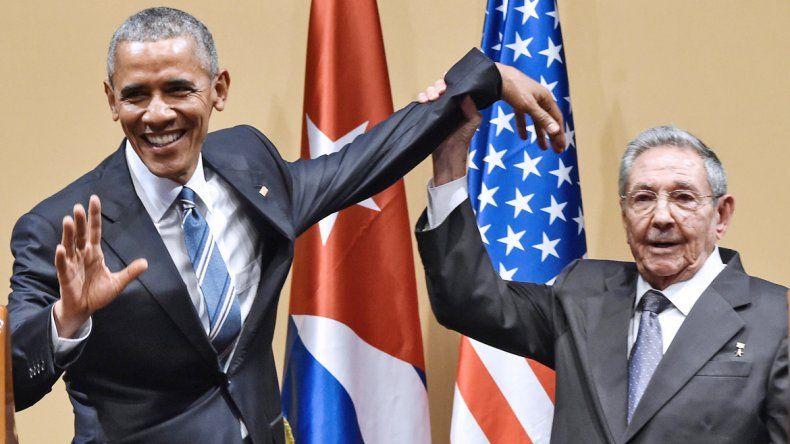 Obama junto a Raúl Castro. Una histórica tapa del Granma de ayer reflejó la visita.