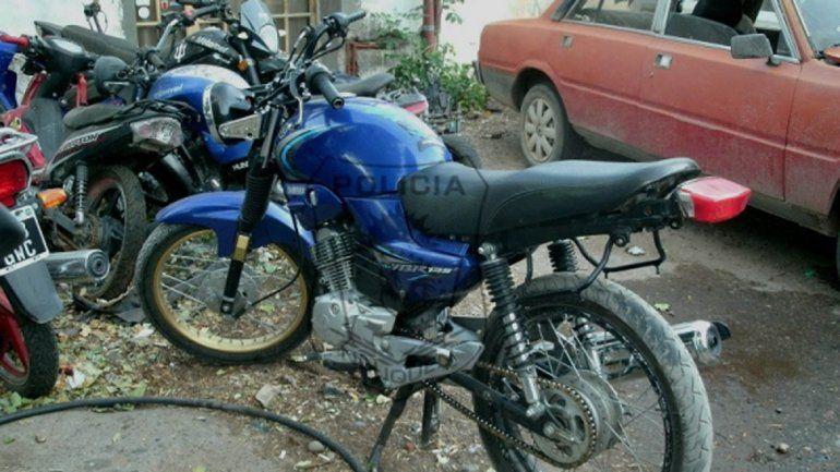La moto en la que circulaban los jóvenes fue secuestrada