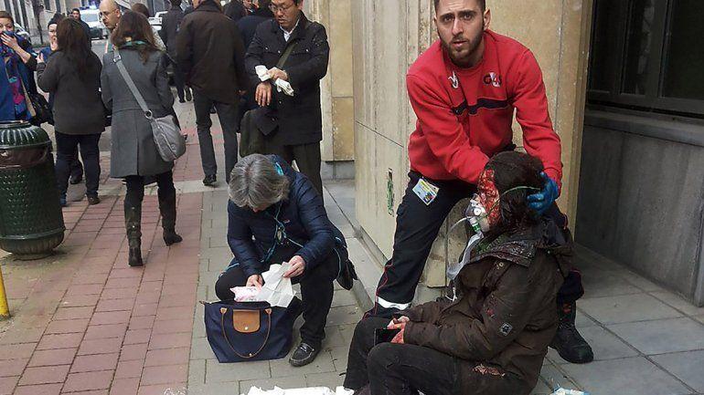 Hay más de cien heridos como resultados de los atentados.