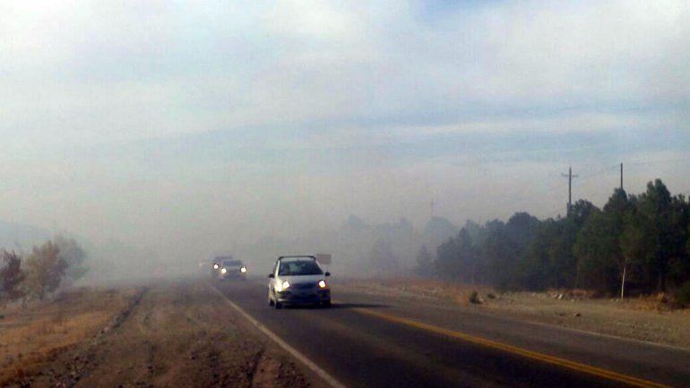 Se volvió a incendiar el basural y hay alerta por el humo en la Ruta 40