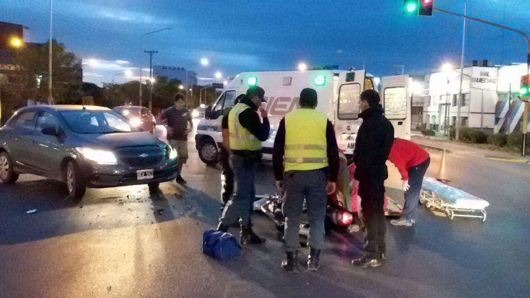 Motociclista en grave estado tras un violento choque