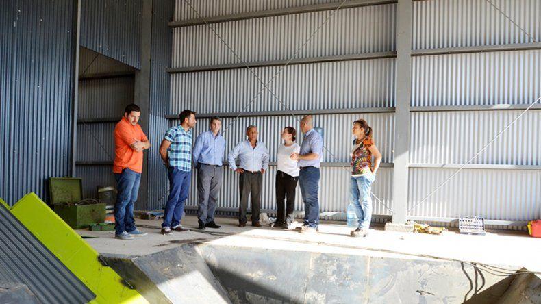 Quiroga estuvo acompañado por representantes de la fundación sin fines de lucro Doná Tu Basura.