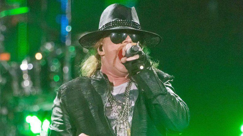 Confirmadísimo: AC/DC continuará su gira con Axl Rose como cantante