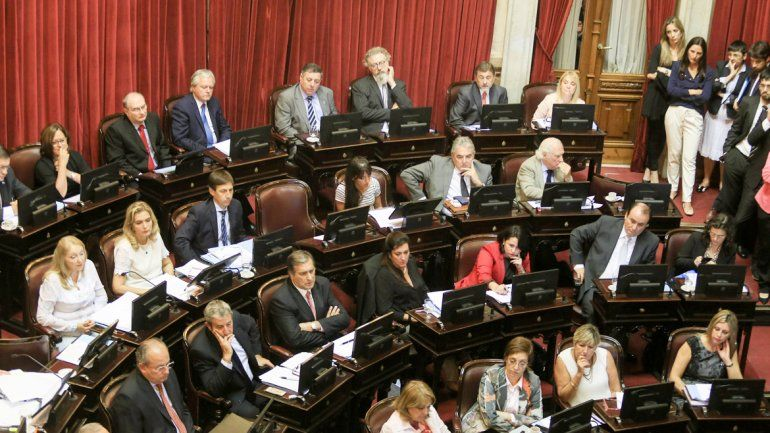 Los senadores