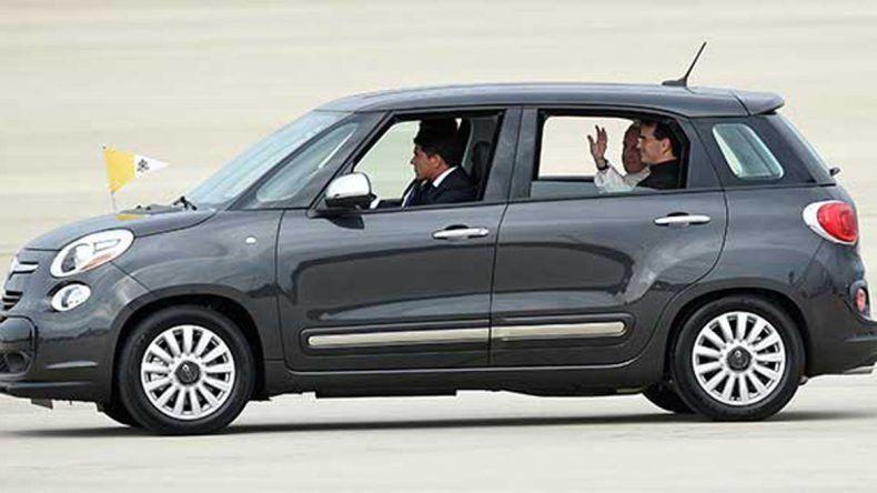 Por este auto pagaron u$s 300 mil. En el mercado cuesta u$s 18.700.