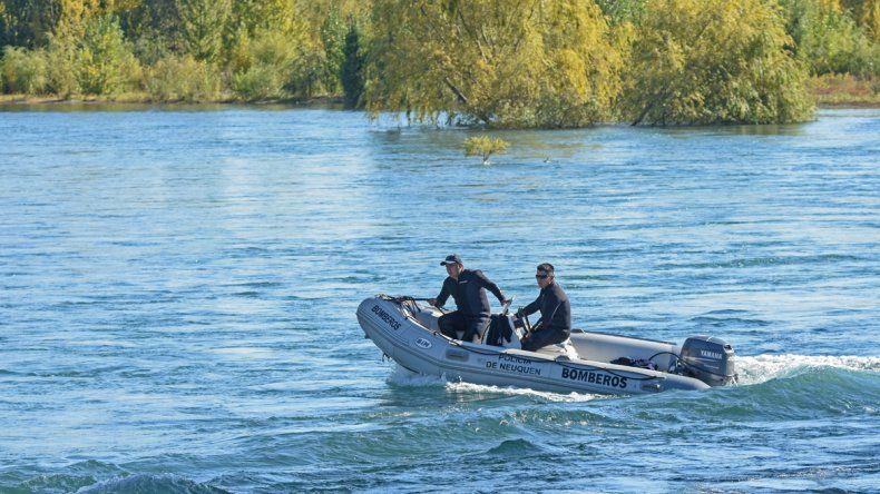 Encontraron el cuerpo de Milagros, la joven que cayó adentro de un auto al río Limay