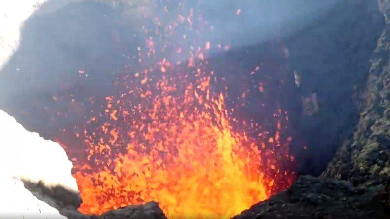 Declaran el alerta amarillo para el volcán Villarica