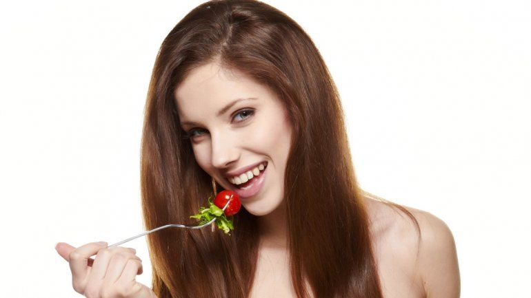 Mantener una dieta saludable contribuye al bienestar general.