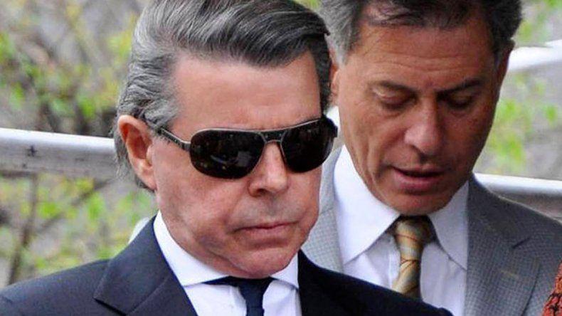 El juez federal Norberto Oyarbide renunció a su cargo.