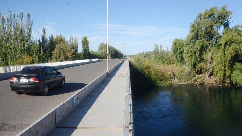 El tercer puente es un monumento a la obra inconclusa. Faltan las vinculaciones: el puente aéreo de la Ruta 7 y el empalme de la Ruta 151.