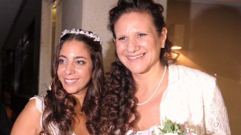 Romina Charur y Victoria Escobar se casaron en una sinagoga porteña.