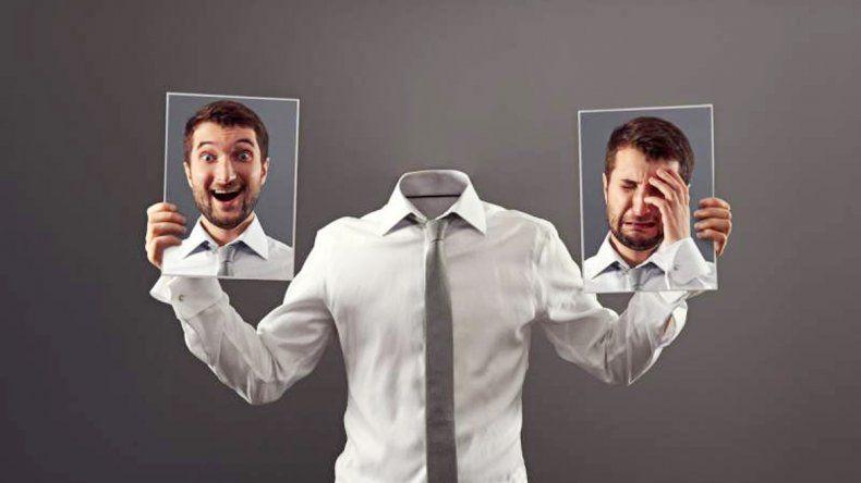 Las personas más inteligentes tienden a ser menos felices mientras más acompañados están.