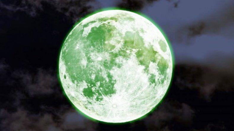 El que sí es un fenómeno real es la llamada luna sangrienta.