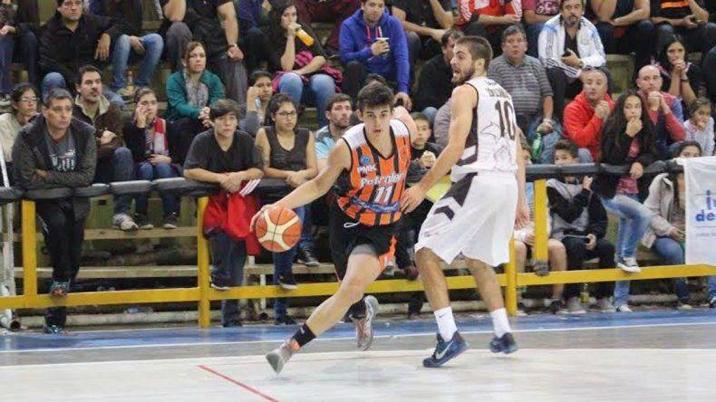 El lunes ganó de local su primer juego. La serie comenzó en Buenos Aires