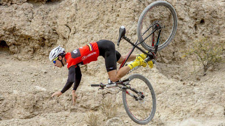 Los bikers disfrutaron de la aventura del Paralelo 39 en Paso Córdova