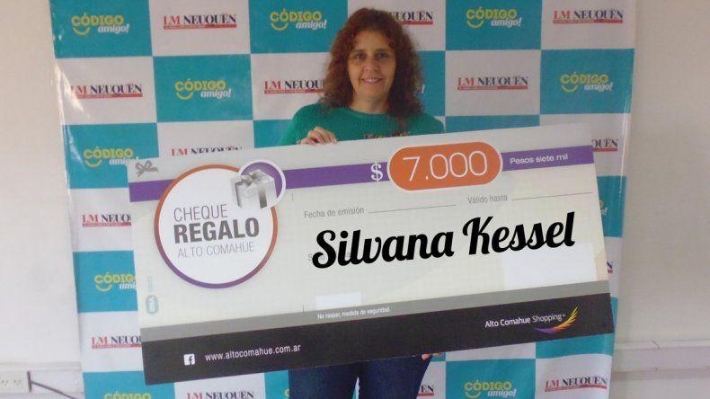 Silvana y Silvia ya tienen sus 7 mil pesos para comprar en el Alto Comahue