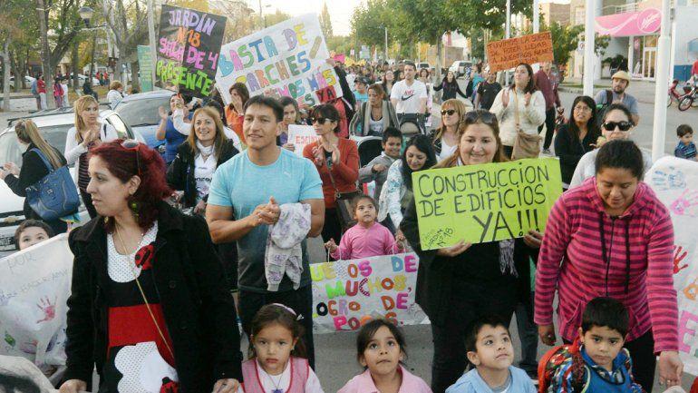 La marcha del jueves pasado pidió que se acaben los parches escolares.