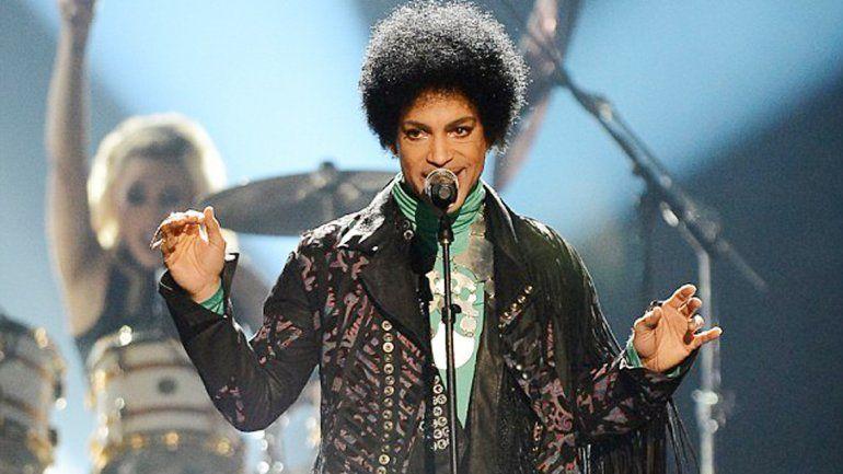 El cantante murió a los 57 años.