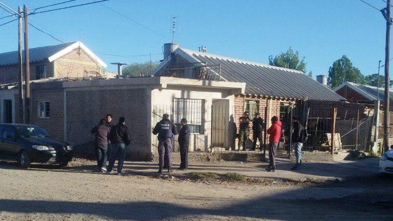 La Brigada de Investigaciones de la Comisaría 2ª allanó la casa de Los Chavos.