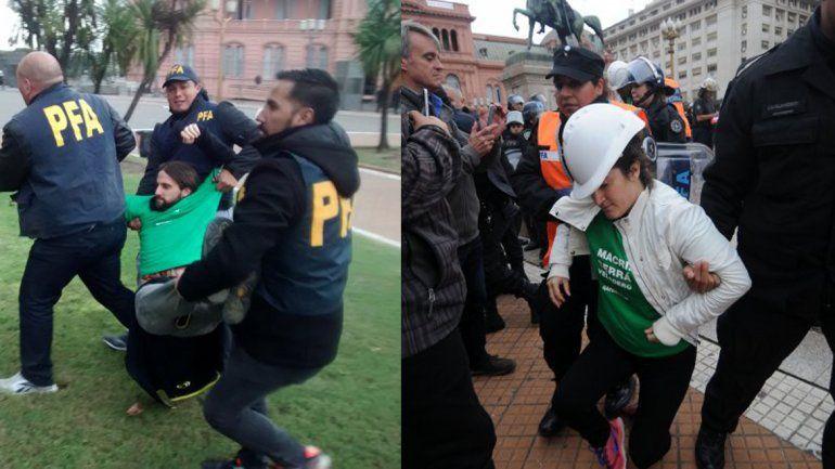 Detuvieron a 35 activistas de Greenpeace en la Casa Rosada