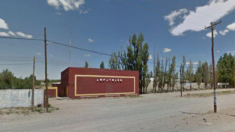 Uno de los cabarets que funcionaba en la ciudad de Plaza Huincul