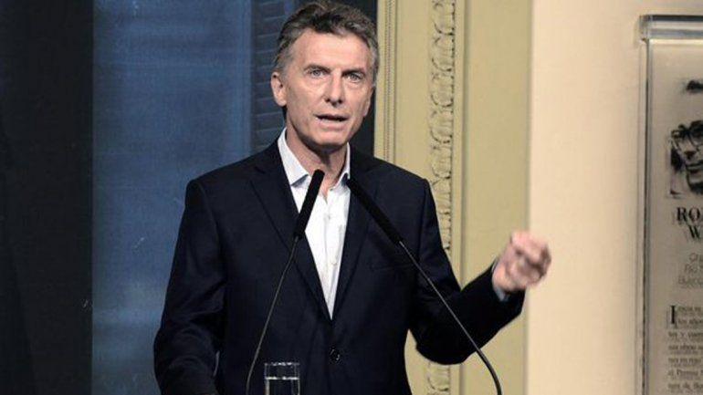 Macri oficializó el veto a la Ley Antidespidos