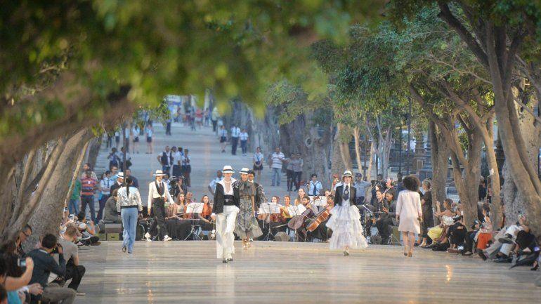 La revolución cubana se rinde al glamour de Chanel