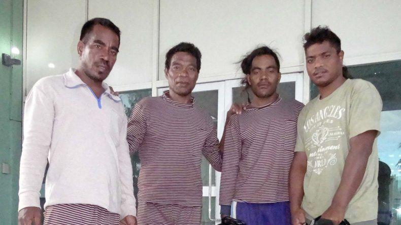 Los cuatro sobrevivientes de las Islas Marshall.