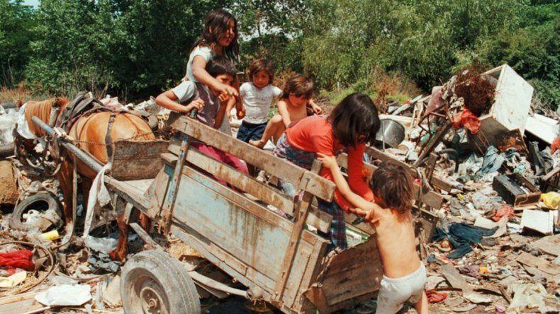 Niños en un basural de la provincia de Chaco.