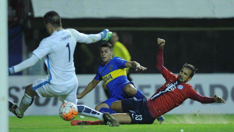Pavón convirtió el segundo gol del conjunto Xeneize.