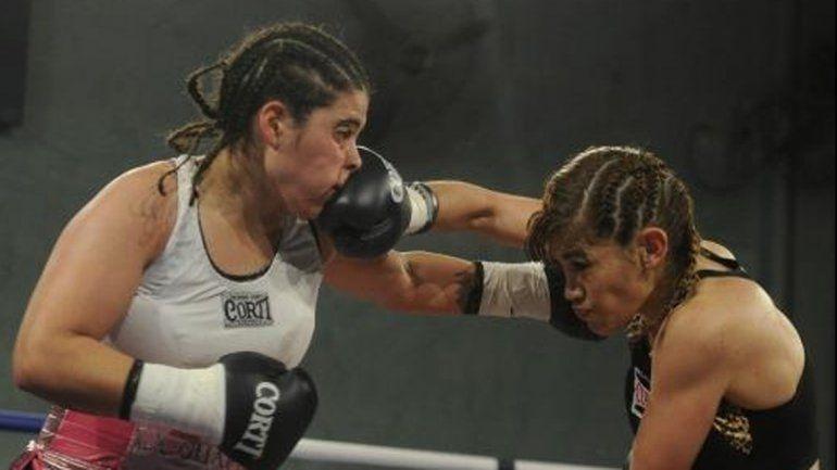 La neuquina Mayra Gómez cayó ante la Tigresa Acuña, que volvió con todo a los rings