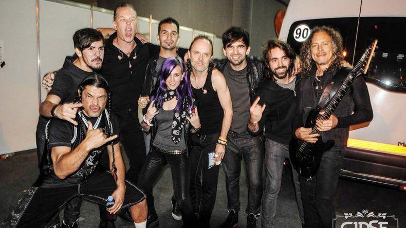 Se han encargado de telonear bandas internacionales como Metallica