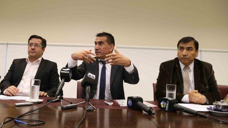 Los hermanos Rioseco y el diputado por FPN-UNE Mariano Mansilla adelantaron que harán una denuncia penal.