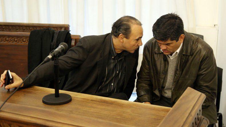 El abogado Gustavo Lucero y el policía Matus