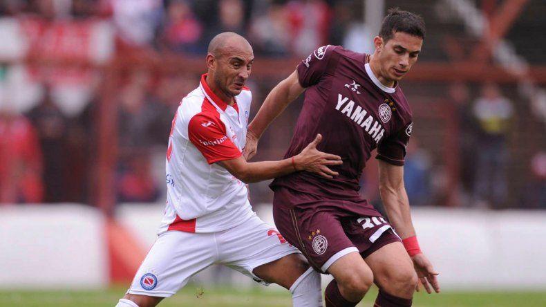 Argentinos empató con Lanús y sigue con chances de evitar el descenso