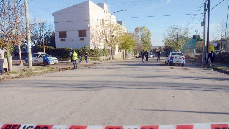 En la esquina de Relmu y Arroyo Huelcupén se produjo el ataque.