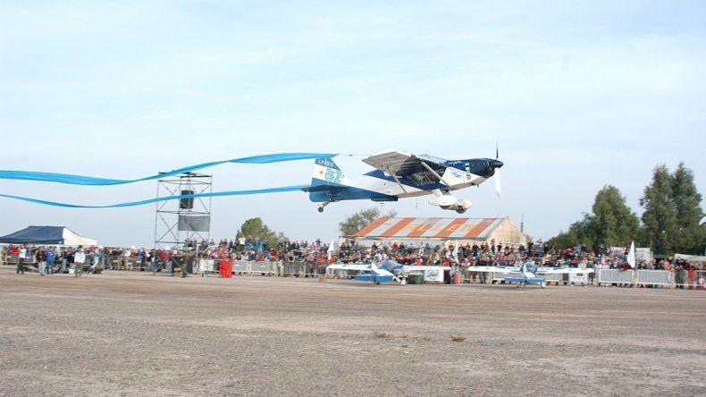 El Aeroclub de Allen lleva 58 años reuniendo a los amantes del aire.