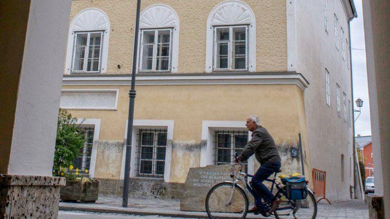 La casa donde nació Adolf Hitler en Braunau am Inn.