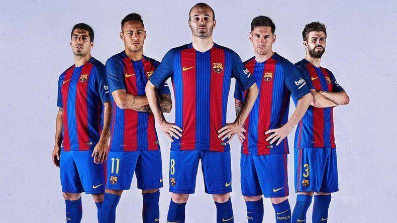El Barcelona presentó oficialmente su nueva camiseta