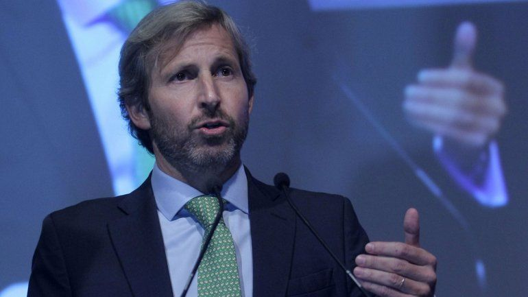 Frigerio anunció la baja del tarifazo tras reunirse con los gobernadores.