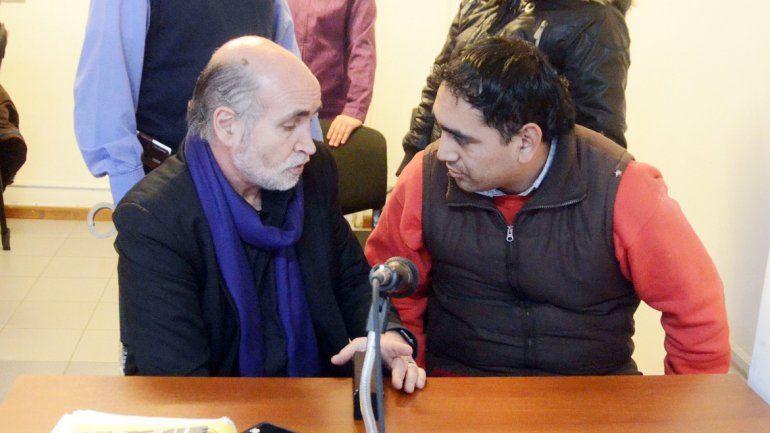 El abogado defensor Gustavo Palmieri y Juan Pablo Bolita Alveal
