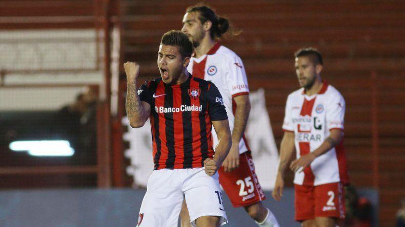 Tito Villalba se convirtió en el tercer refuerzo de Boca.