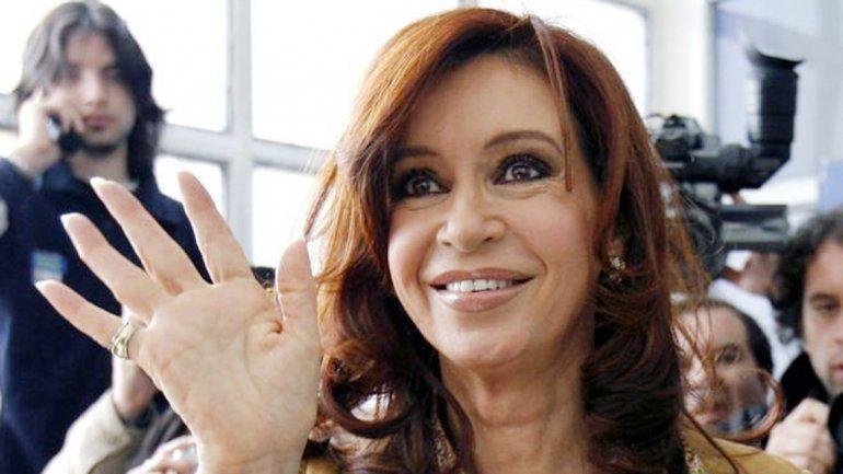 La ex presidenta de la Nación se recibió de abogada en La Plata.