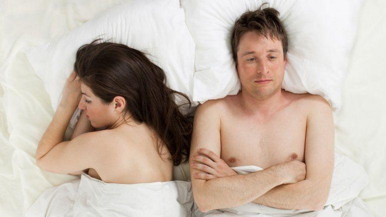 La falta de encuentros íntimos con la pareja disminuye el nivel de hormonas relacionadas con los sentimientos de unión y felicidad.