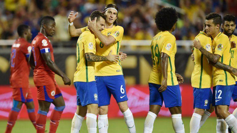 Brasil bailó a Haití con goles para todos los gustos.