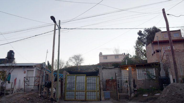 Habrá cortes de luz en barrios Belgrano y Confluencia
