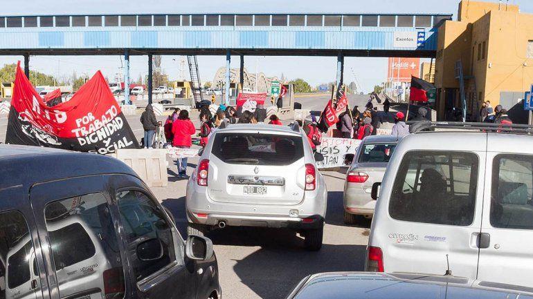 Hubo largas filas de vehículos a raíz del piquete organizado por el MTD.