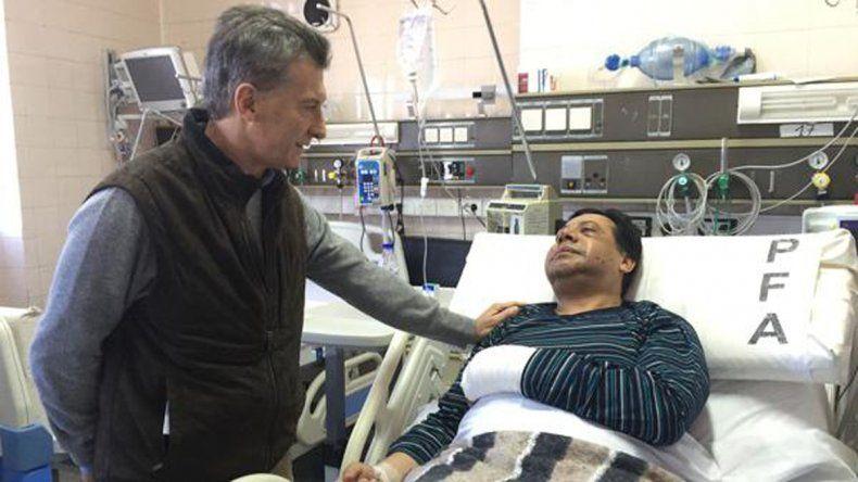 Macri visitó al jefe policial baleado por secuestradores