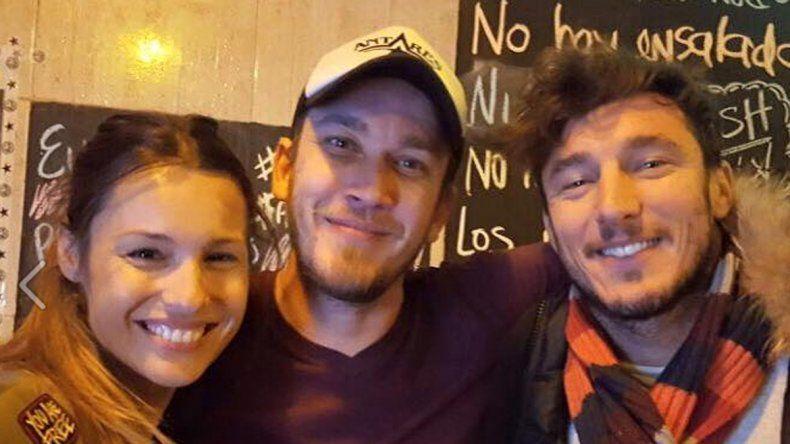 Pampita (38) y Pico (32) compartieron una cena en un reconocido restaurant.